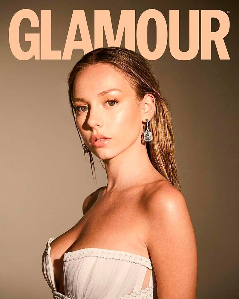 Ester Expósito Escote Revista Glamour