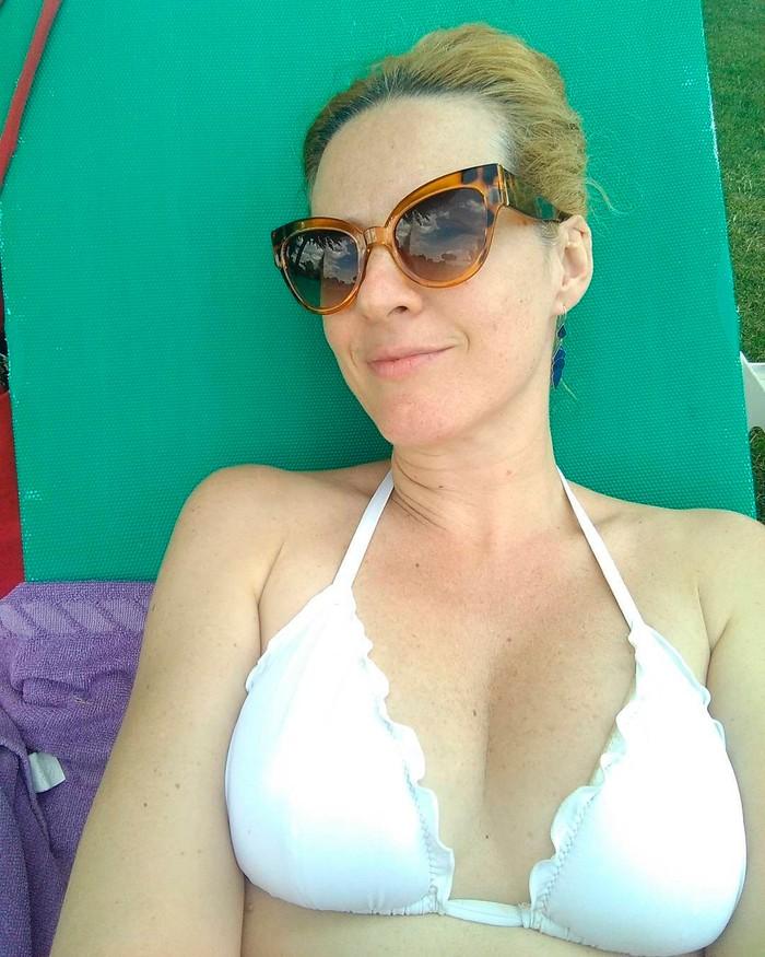 Lucía Quintana bikini blanco