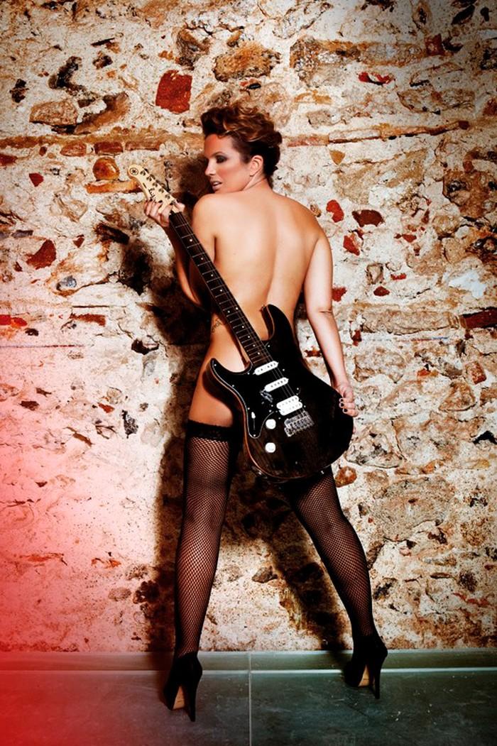 Marta López desnuda revista erótica