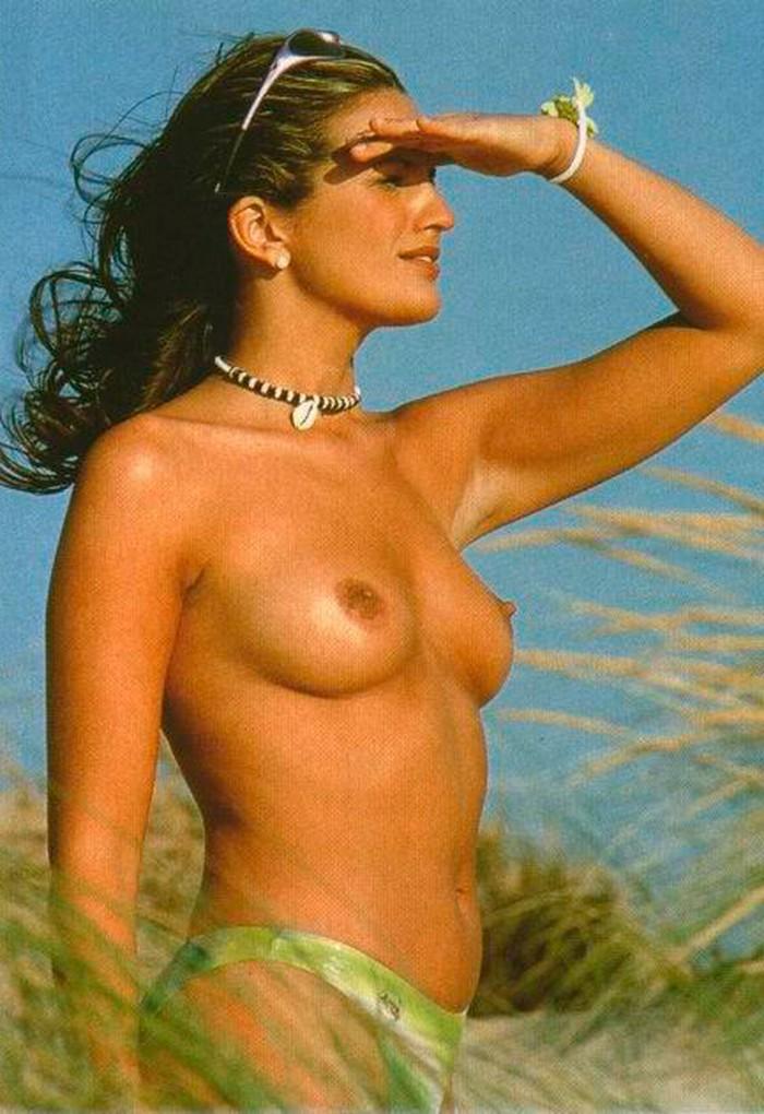 Marta López pillada topless Interviu 3