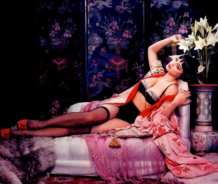 Leonor Watling posado erótico lencería 7