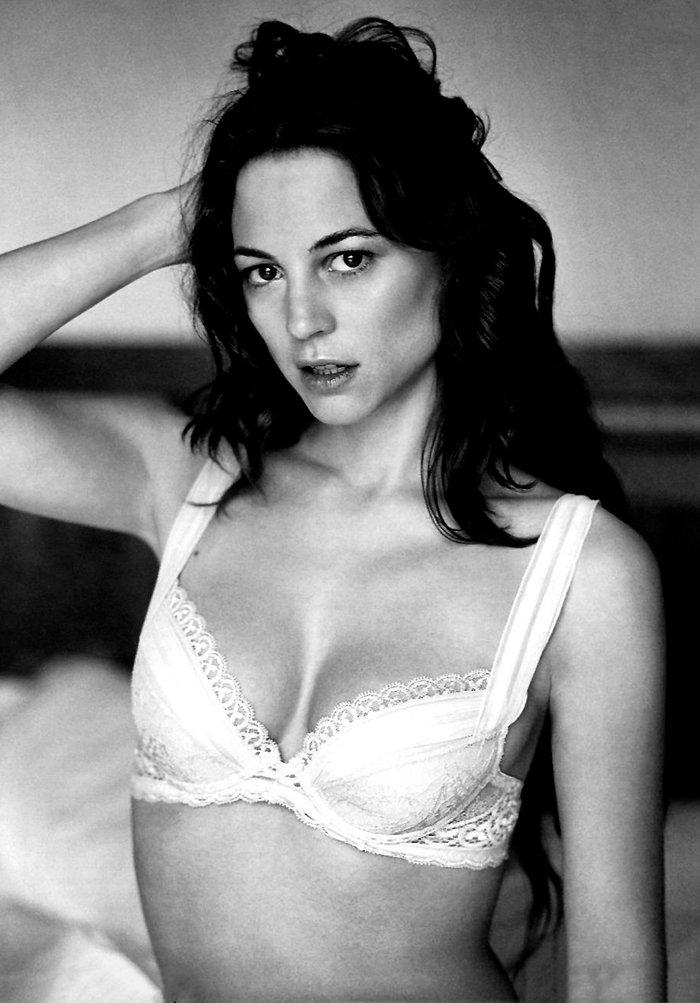 Leonor Watling posado erótico lencería