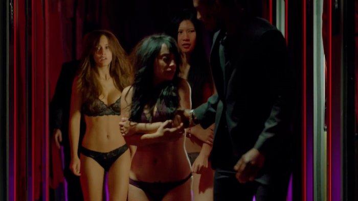 Megan Montaner bailarina erótica Sin Identidad