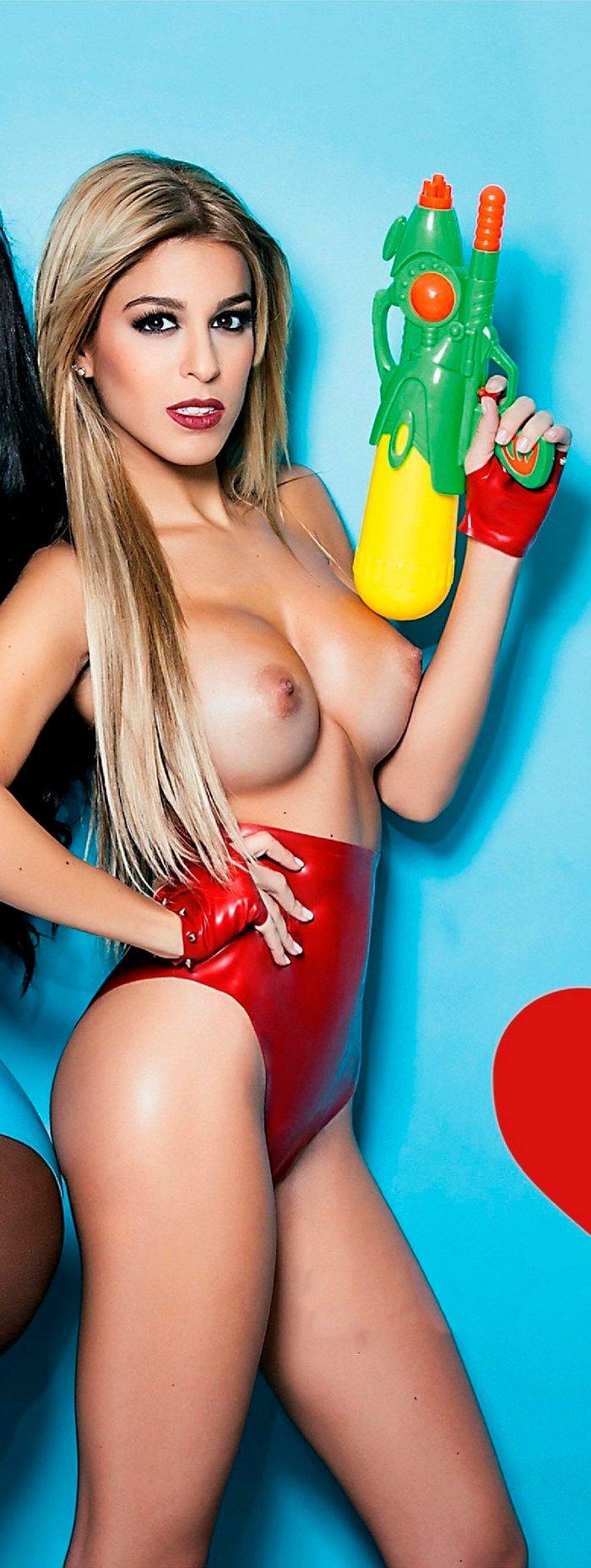 Oriana Marzoli Topless Interviu Liz Estebaliz
