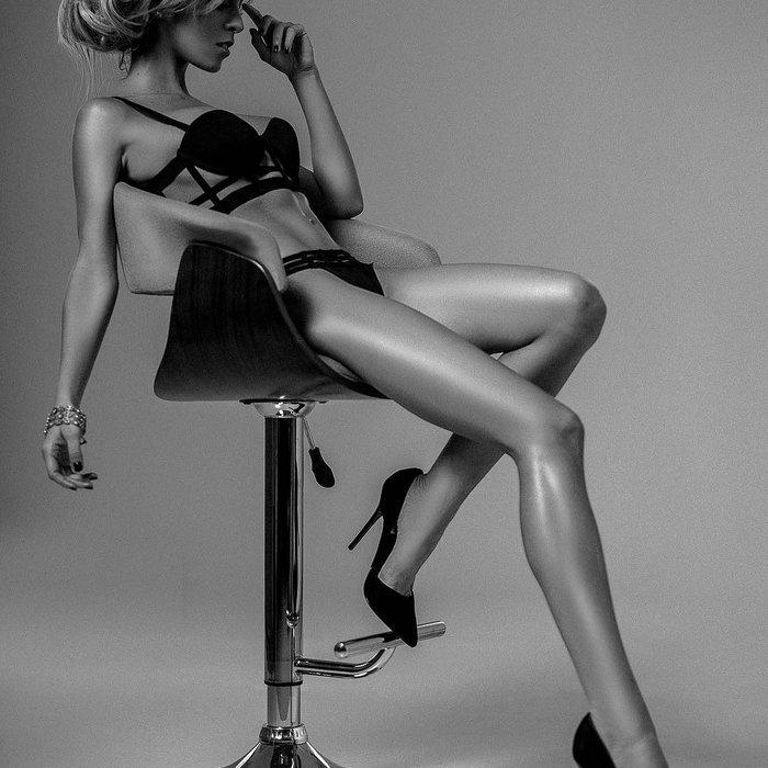 Oriana Marzoli fotos Instagram lenceria erótica posado 6