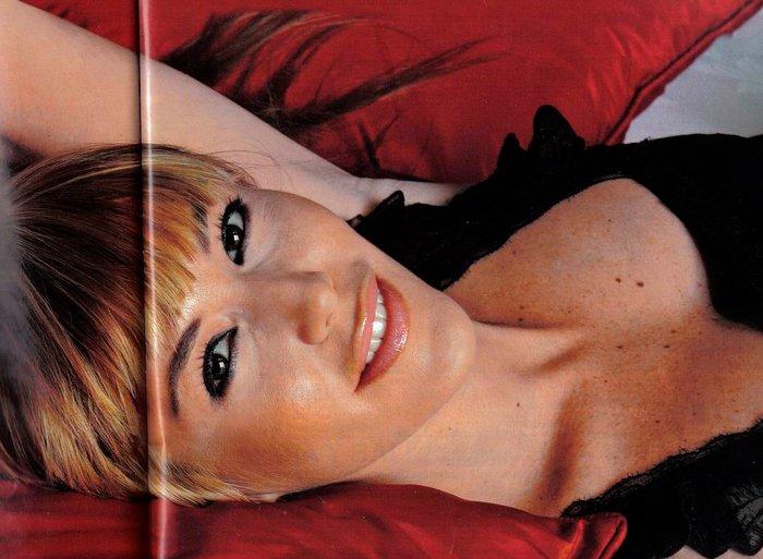 Raquel Meroño sexy modelo actriz presentadora española televisión 3