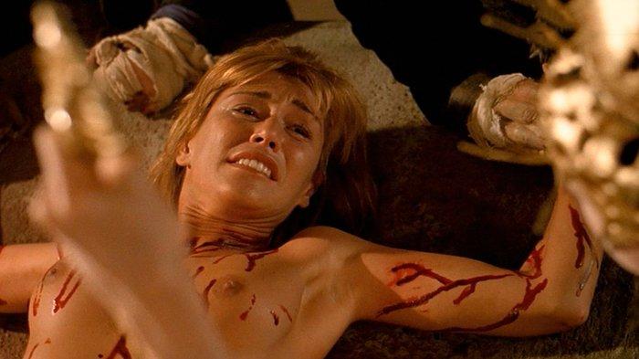 Raquel Meroño topless tetas Dagon