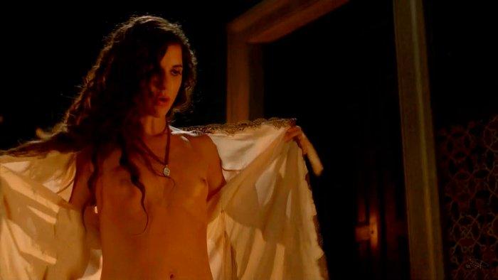 Ana Caldas Topless Tetas Alatriste