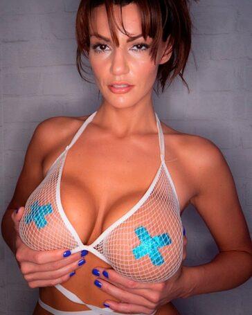 Becky Bandini madura 50 años cuerpo joven