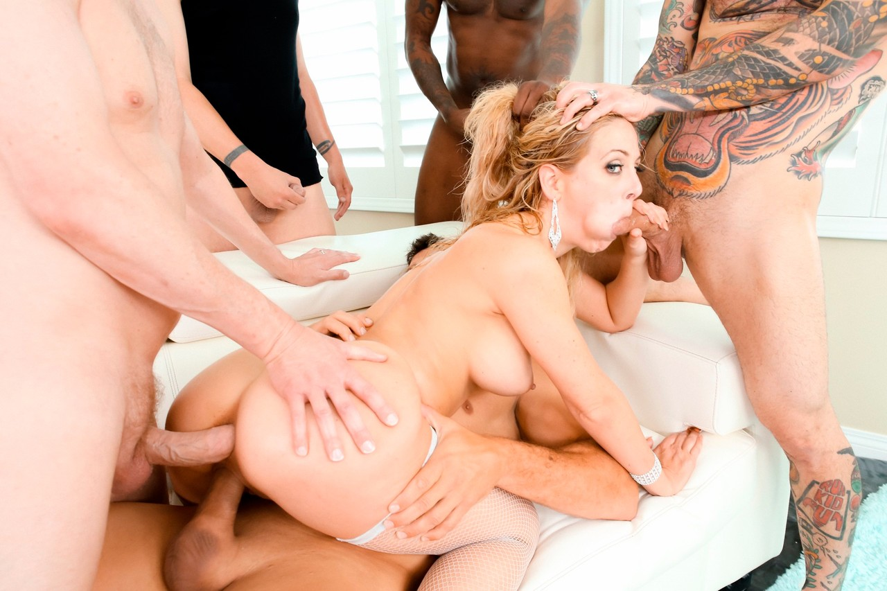 Cherie Deville Lewood Gangbang Battle Of The Milfs #02 9