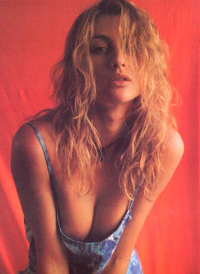 Mónica Pont Fotos Eróticas Sexys Provocativas 2