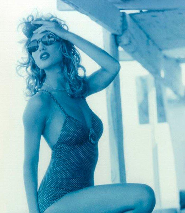 Mónica Pont Fotos Eróticas Sexys Provocativas 4
