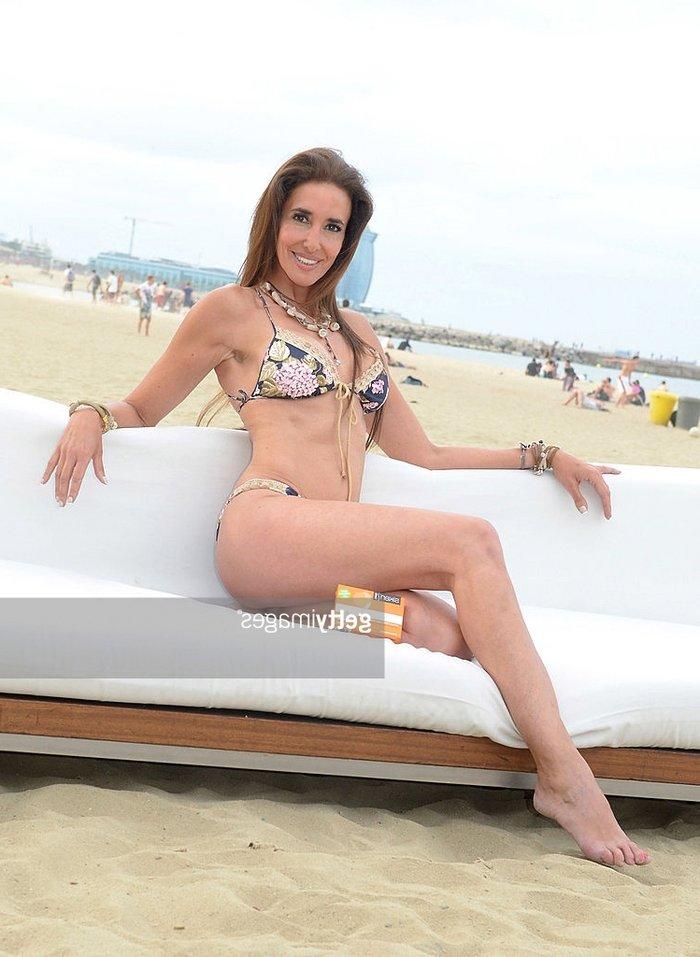 Elsa Anka Fotos Sexys Posado Bikini 4