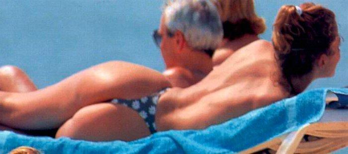 Elsa Anka Pillada Fotos Topless Playa 5