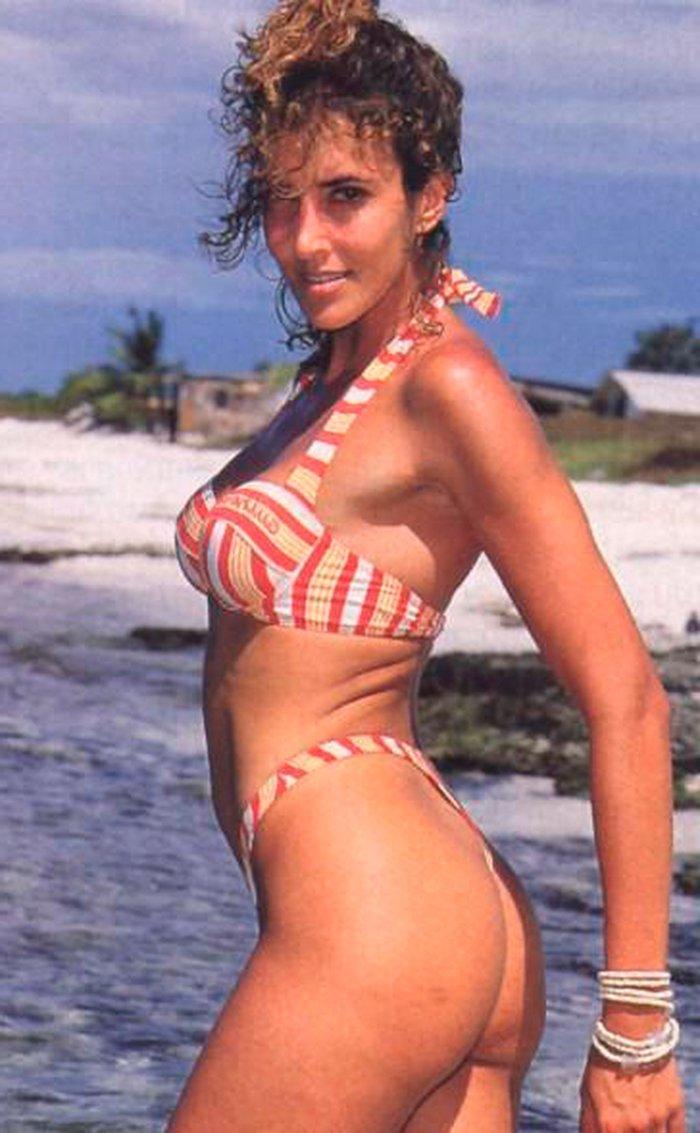 Elsa Anka Posados Veraniegos Sexys Bikini 5