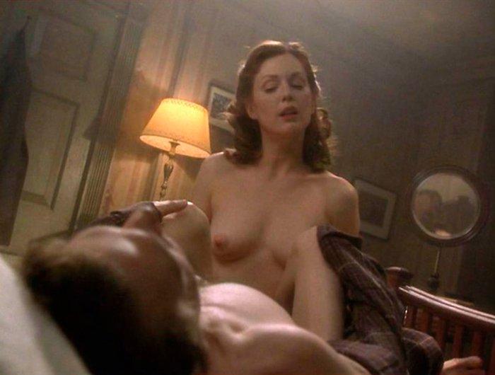 Julianne Moore Ralph Fiennes Escenas Cama Fin Romance