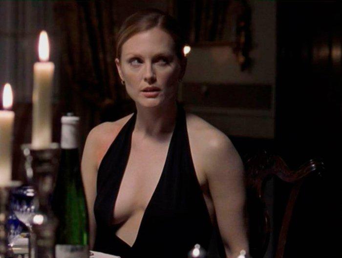Julianne Moore Amplio Escote Película Hannibal