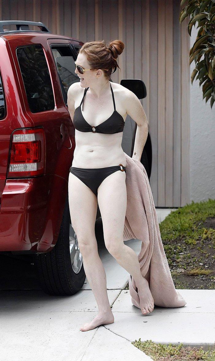 Julianne Moore Pillada Bikini Piel Lechosa