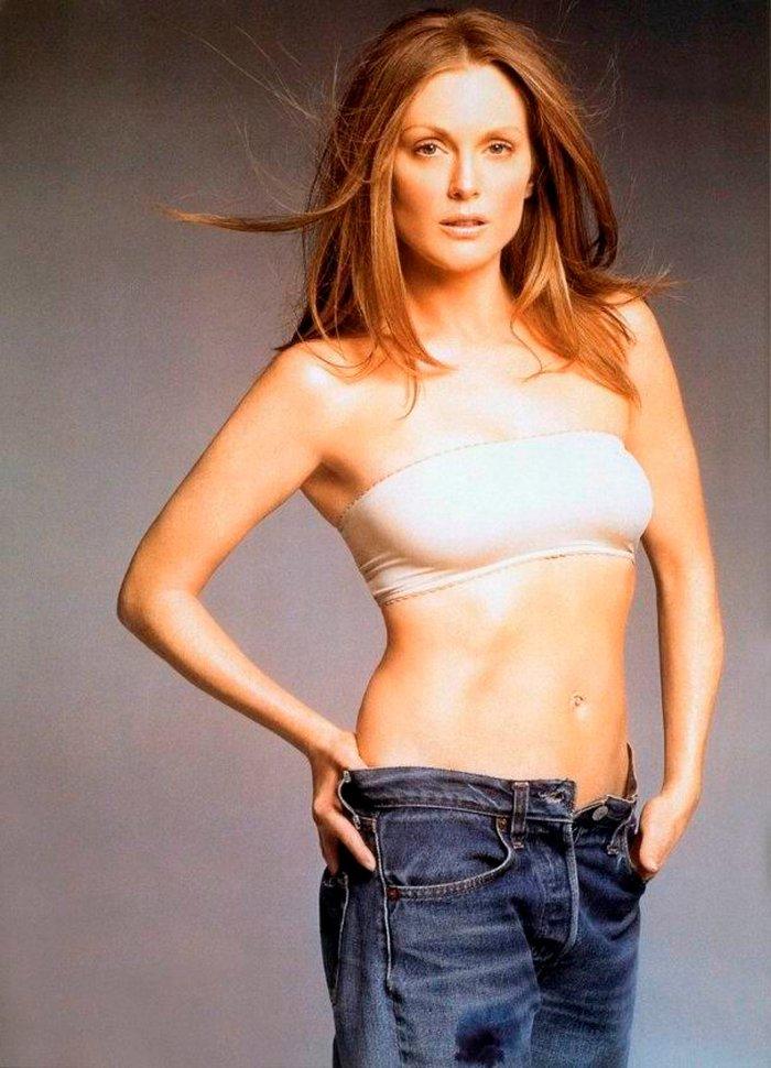 Julianne Moore Posado Erótico Lencería 3