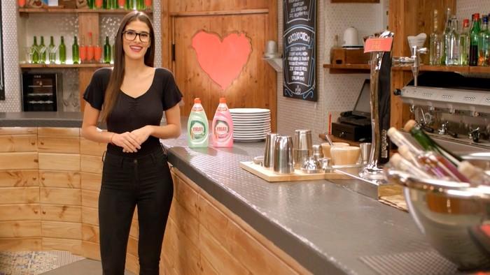 Lidia Torrent Camarera Cuatro Dating Show