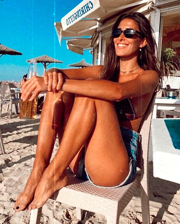 Lidia Torrent Posado Modelo Piernas