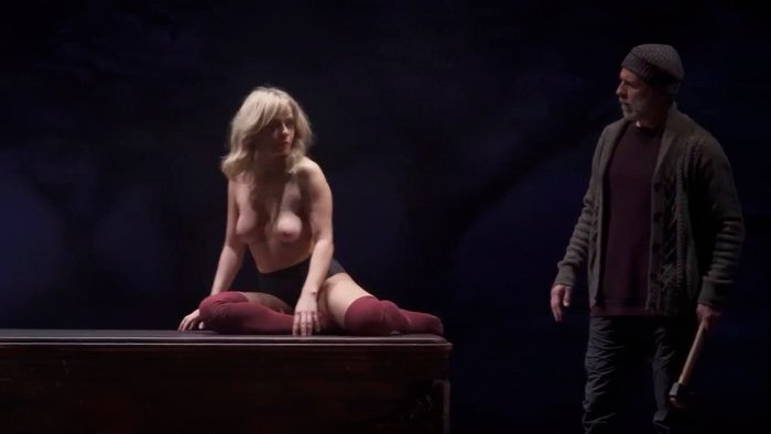 María Adánez Desnuda Tetas Obra Teatro 3