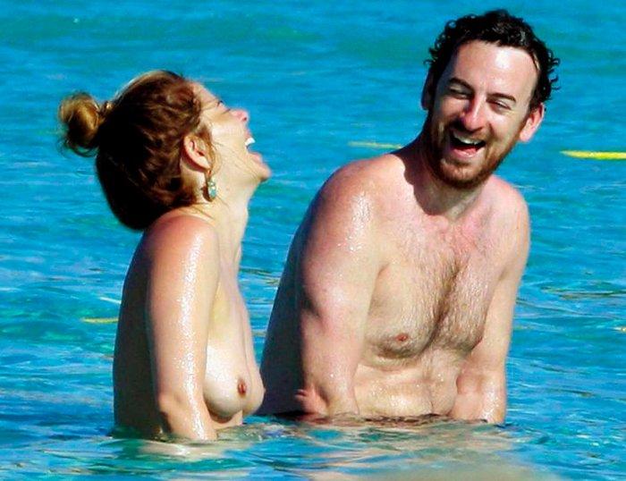 María Adánez Pillada Playa Desnuda Marido David Murphy