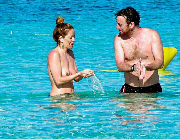 María Adánez Pillada Playa Desnuda Playa Marido David Murphy 2