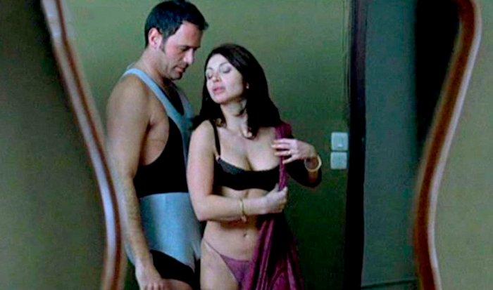 Neus Asensi Desnuda Frente Carlos Lozano