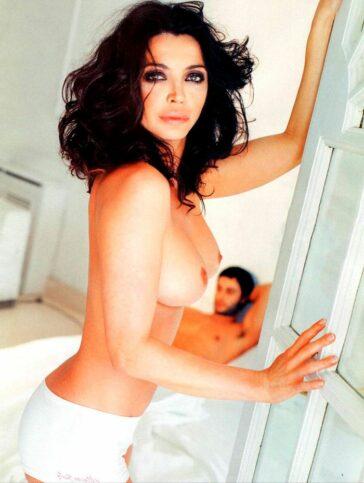 Neus Asensi Desnuda Topless Revista Interviu