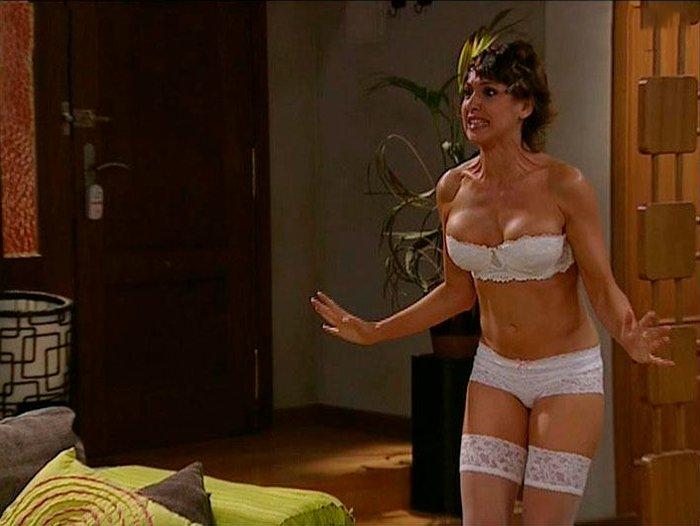 Daniela Costa Lencería Conjunto Erótico Serie Lalola 5