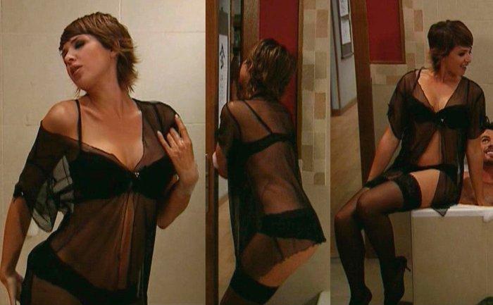 Daniela Costa Semidesnuda Lencería Erótica 4