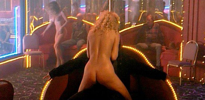 Elizabeth Berkley Bailarina Erótica Follando Showgirls