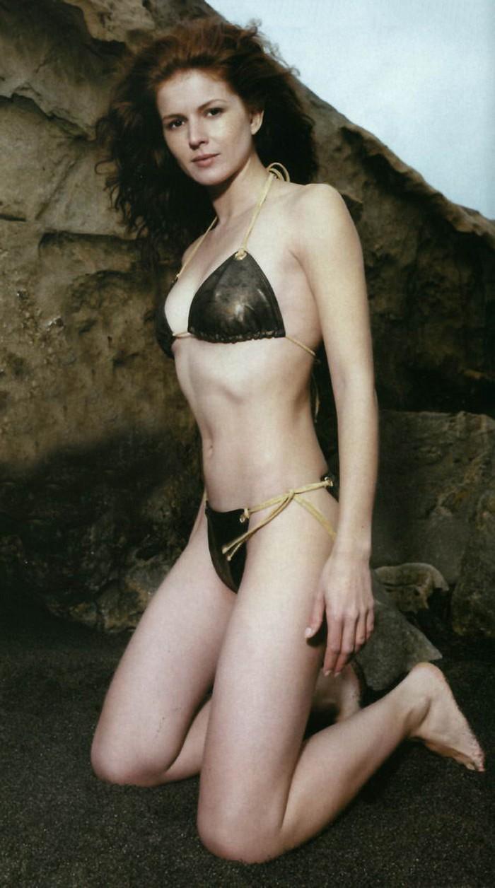 Marian Aguilera Posado Bikini 2