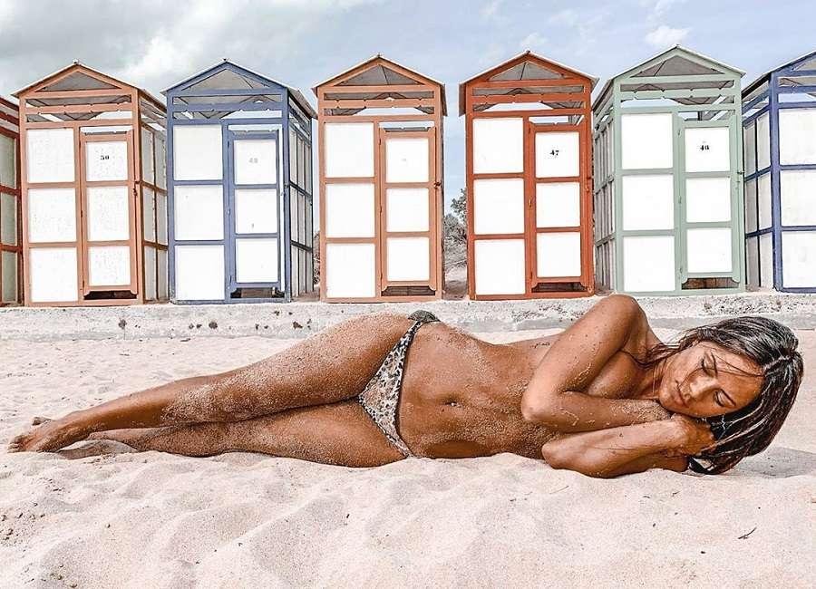Melyssa Pinto Semidesnuda Fotos Eróticas