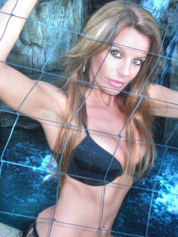 Sonia Monroy Fotos Sexys Bikini 2