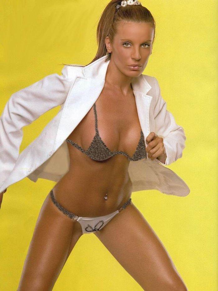 Sonia Monroy Fotos Sexys Bikini