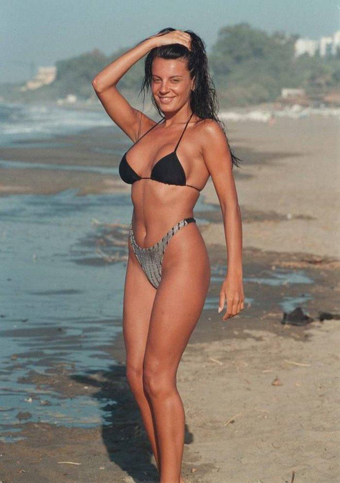 Sonia Monroy Posado Bikini Provocativo 2