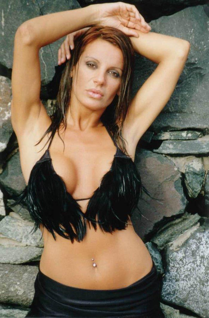 Sonia Monroy Posado Erótico Interviu 7