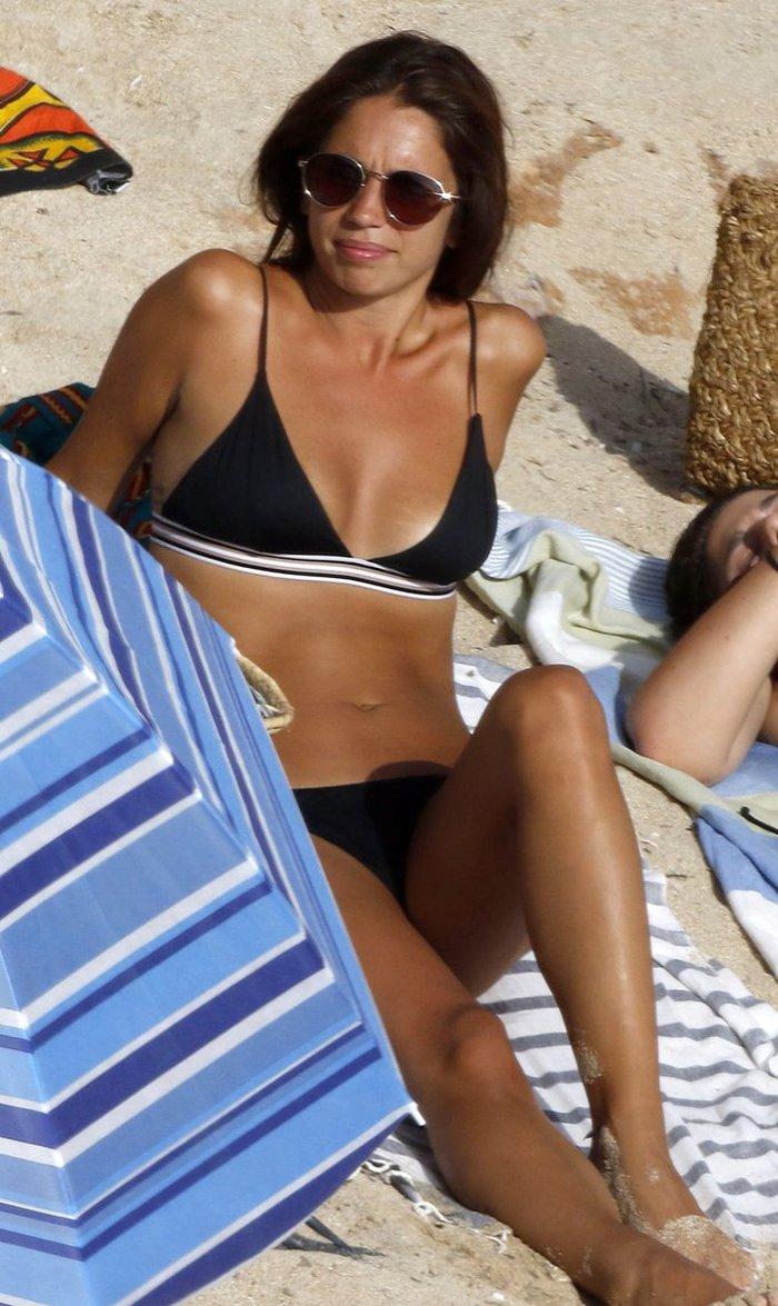 Elena Furiase Bikini Espectacular Cuerpo Sexy 9