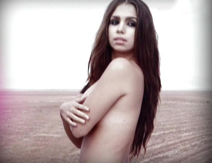 Elena Furiase Topless Fotos Tetas Fhm