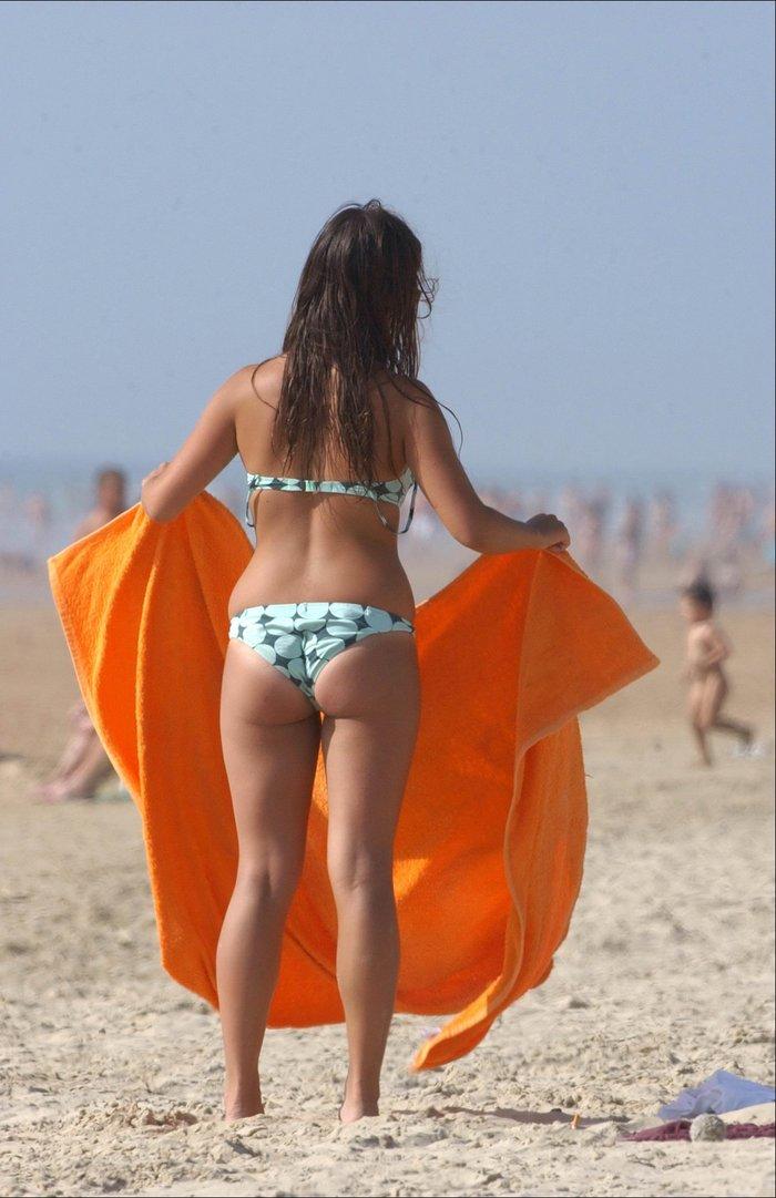 Elena Furiase Topless Playa Pillada Paparazzi Ibiza 10