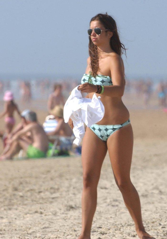 Elena Furiase Topless Playa Pillada Paparazzi Ibiza 9