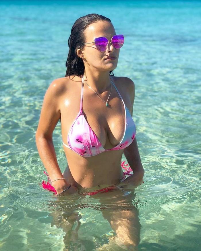 Marta Peñate Bikini Sexy Concursante Isla Tentaciones