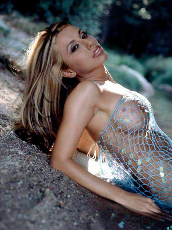 Susana Reche Posado Topless Striptease Artístico 2
