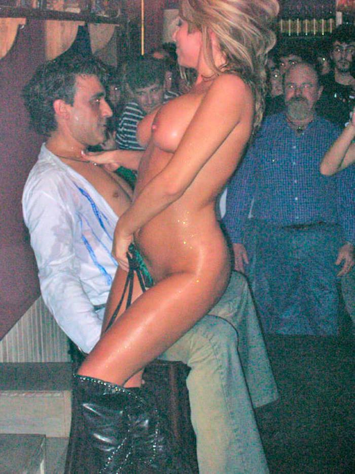 Susana Reche Stripper Despedida Soltero 2