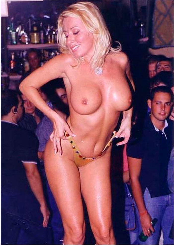 Susana Reche Stripper Despedida Soltero 7