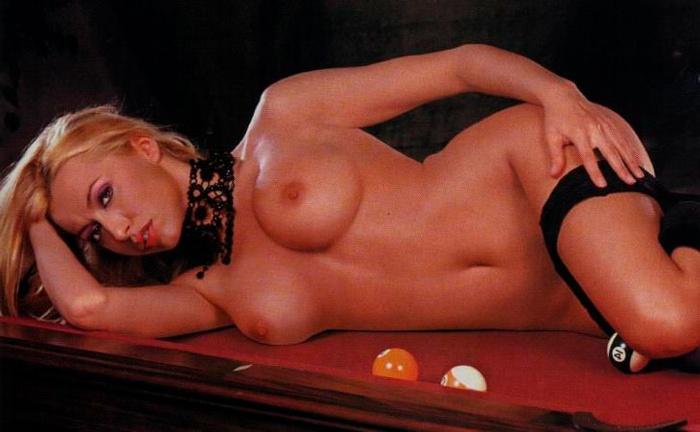 Susana Reche Vedette Erótica Posado Revista Man 4
