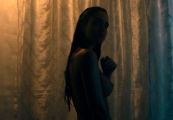 Alicia Sanz Enseña Tetas Película