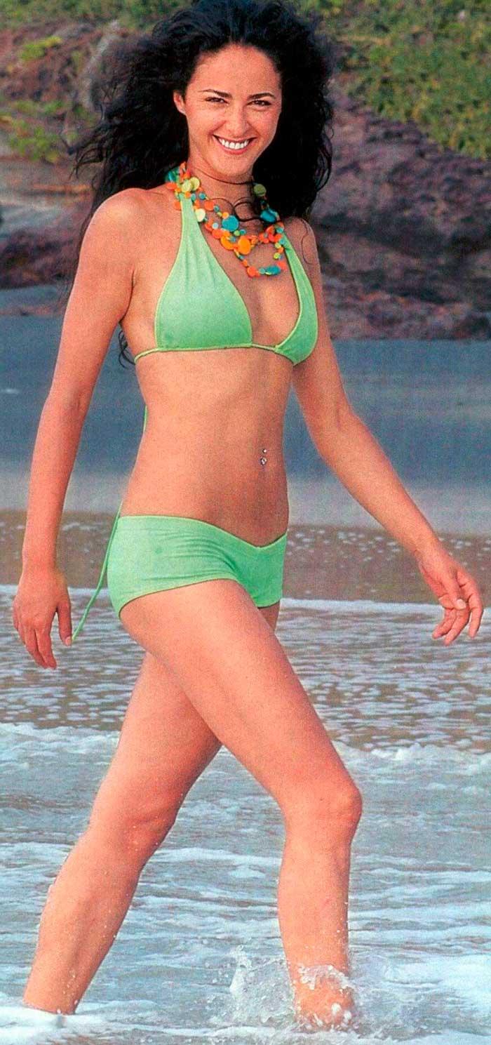 Mónica Estarreado Fotos Bikini Provocativa 3